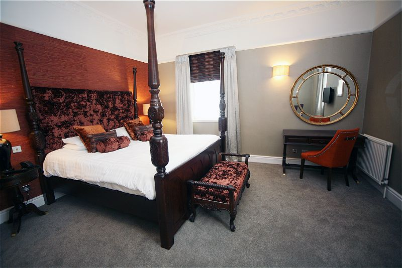 Crabwall Manor Chester room